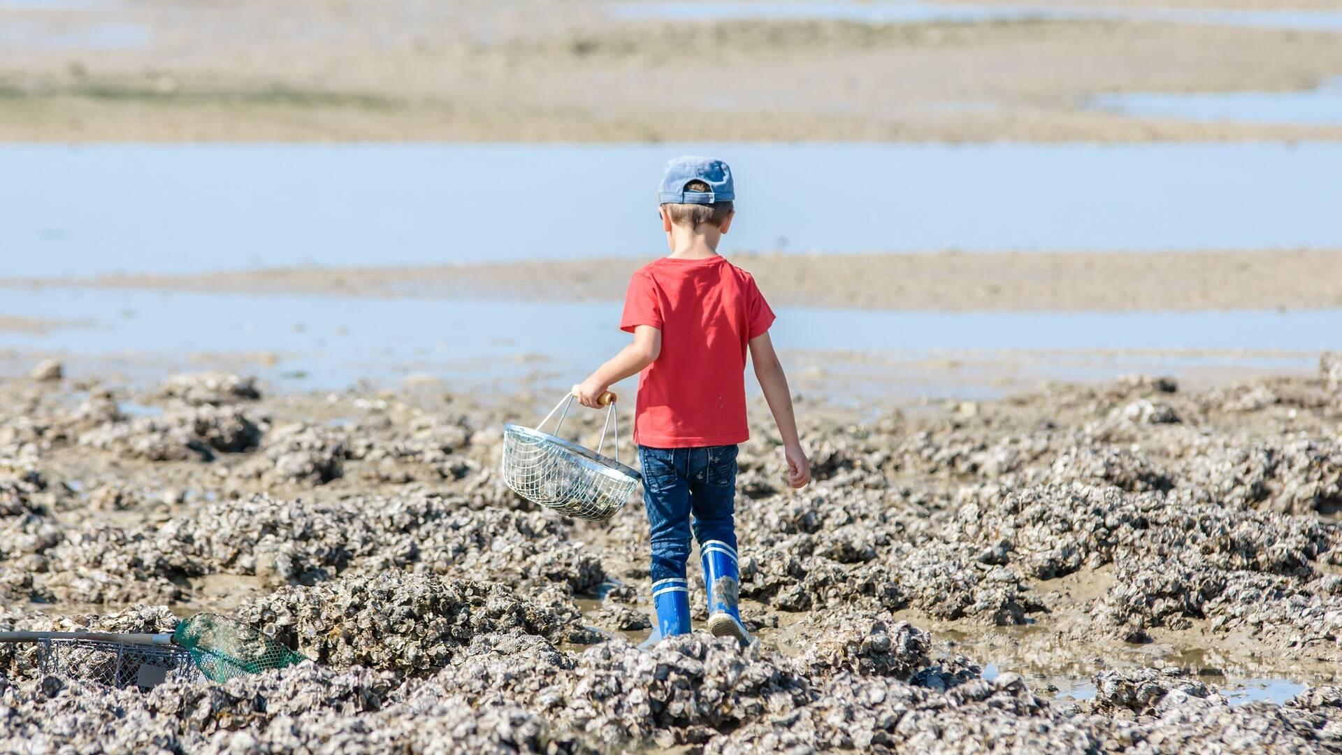 enfant à la pêche