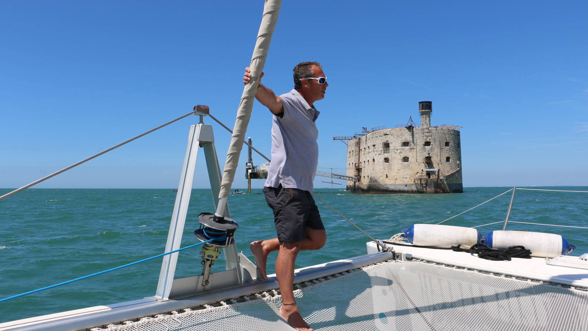 Cap sur le célèbre fort Boyard à bord du catamaran Vertige
