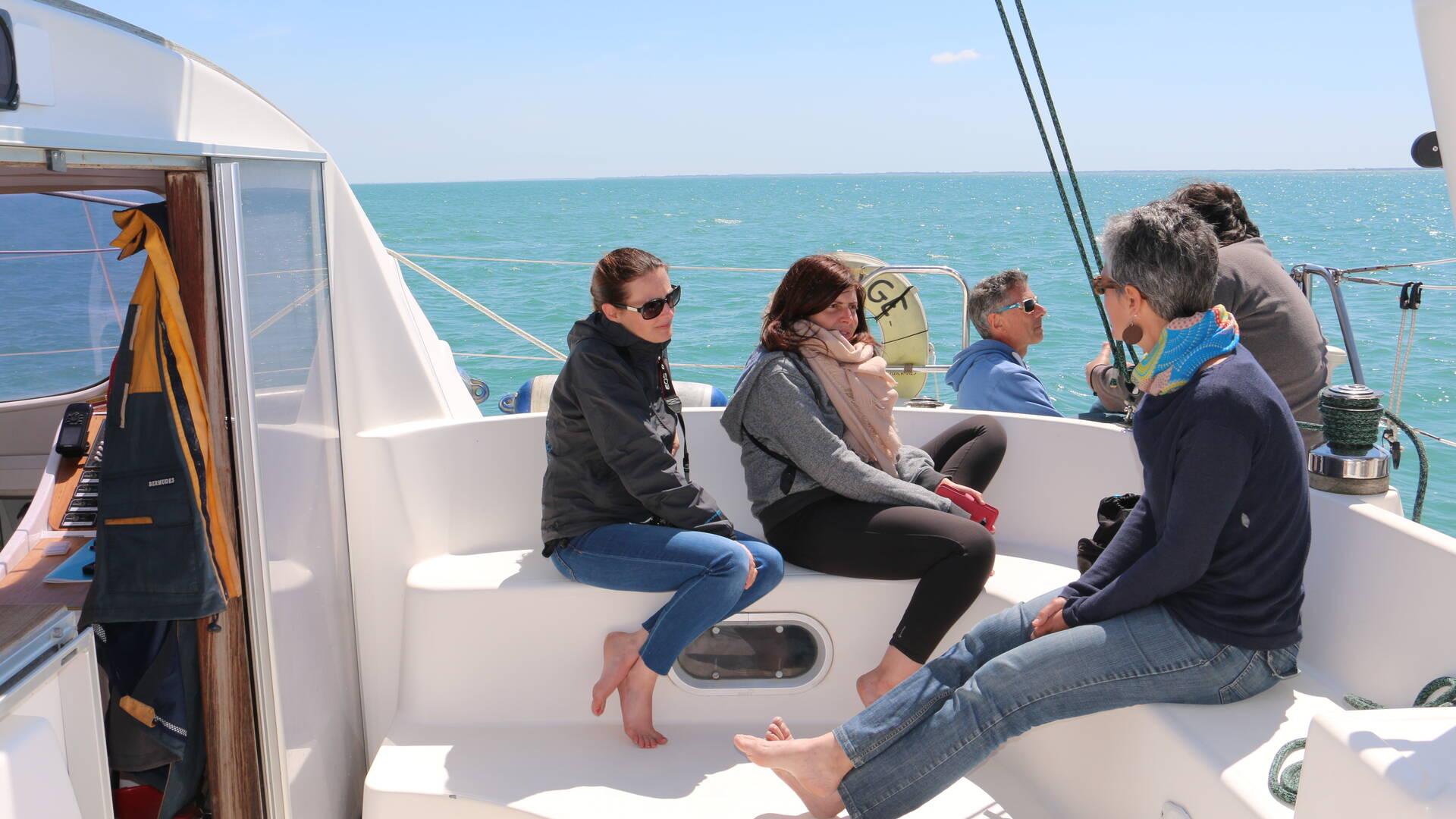 Convivialité à bord du catamaran Vertige