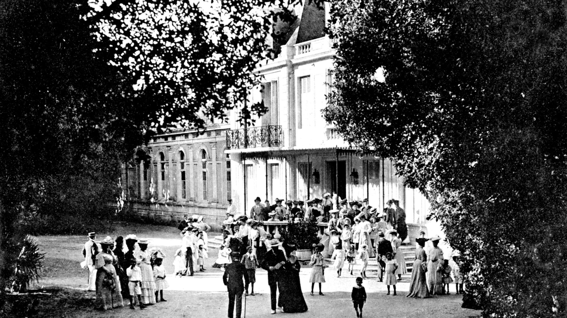 """Photo d'époque du premier Casino de Fouras """"Château du Bois Vert"""" - © Lieu Public"""
