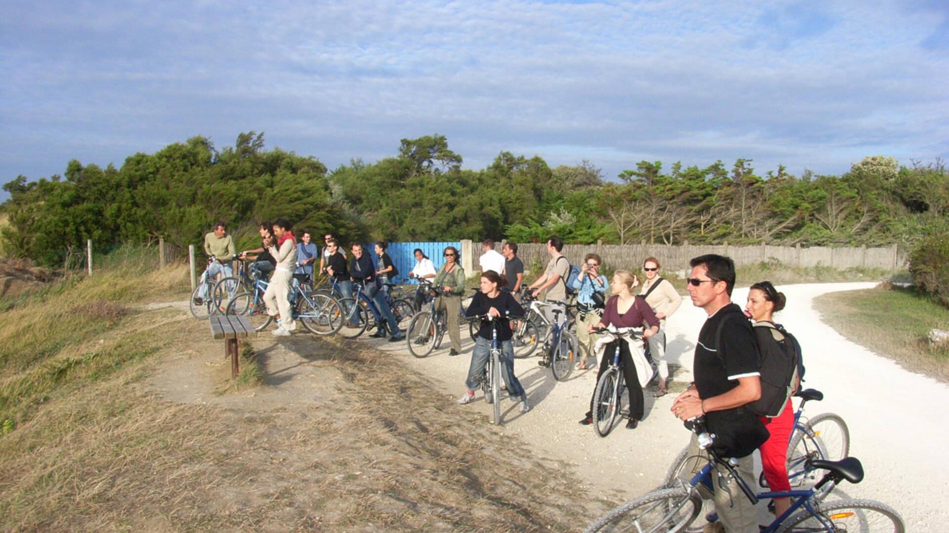 Visite guidée à vélo à l'île d'Aix - © Office de Tourisme Rochefort Océan