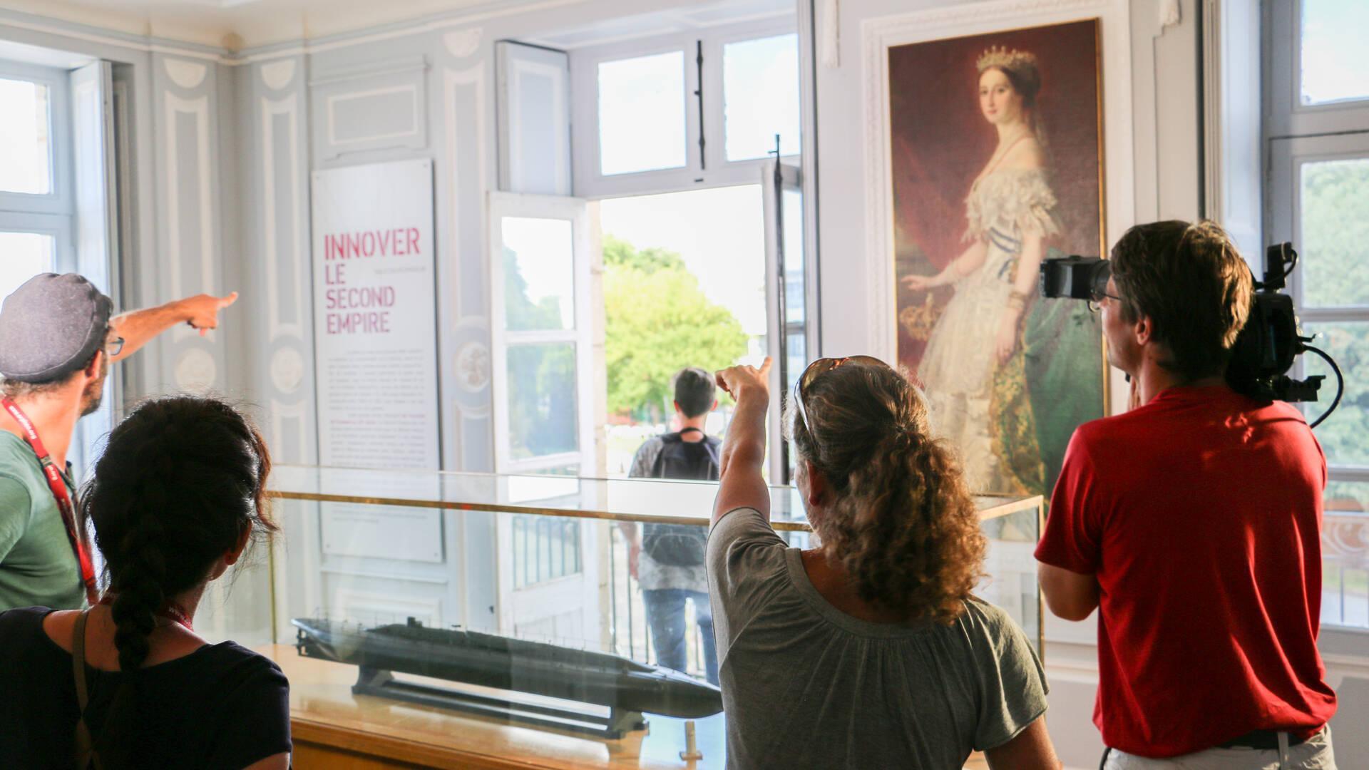 Tournage au musée de la Marine © Steven Boutin Office de Tourisme Rochefort Océan