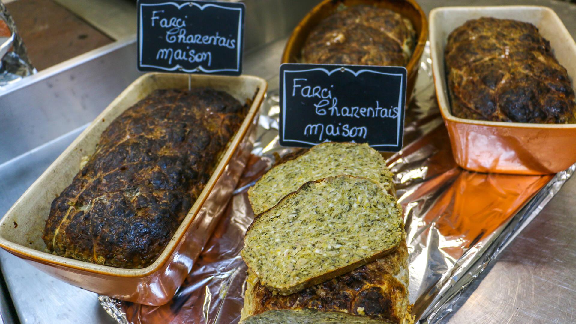 Le marché des quatre saisons à Rochefort, spécialités locales, Rochefort Océan