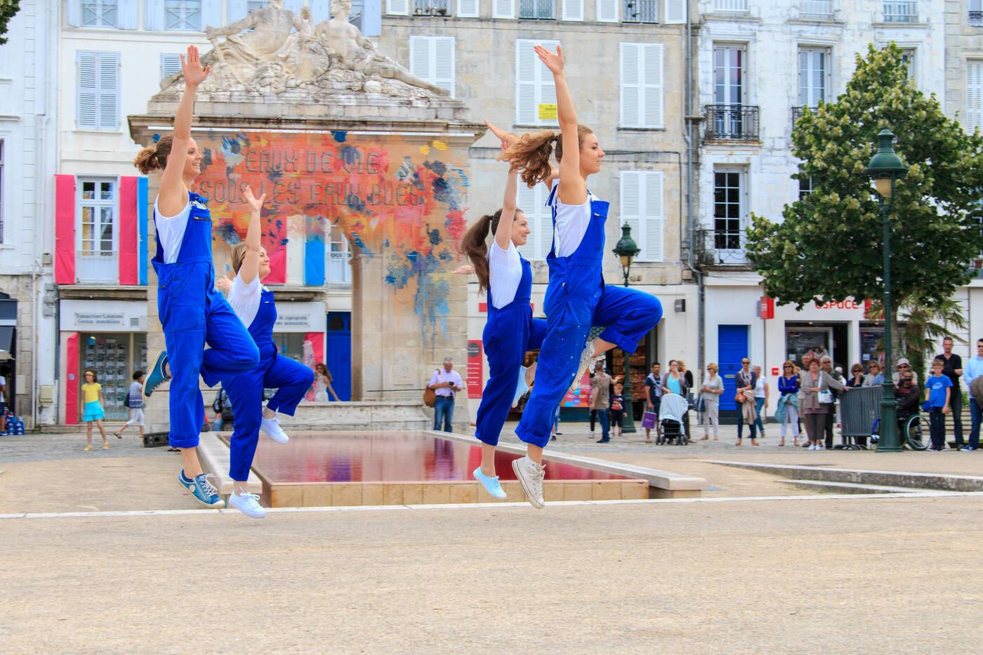 Rochefort ville en f te office de tourisme de rochefort for Piscine de rochefort