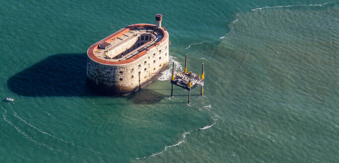 Fort Boyard, the legendary stone vessel in Rochefort Ocean