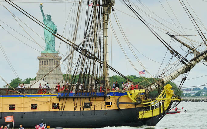 "The ""Grand Voyage"" 2015 of the frigate Hermione to the USA"