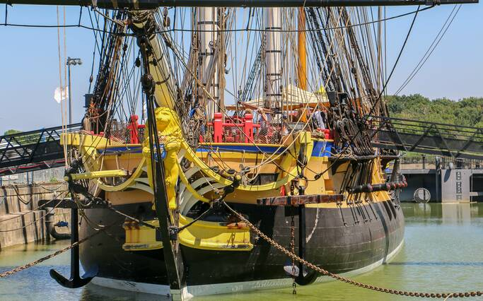 The story of the frigate Hermione