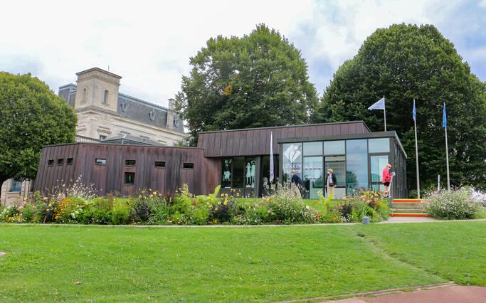 The Tourist Office