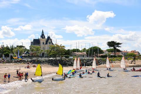 Loisirs nautiques à l'École de voile de Fouras - © OT Rochefort Océan