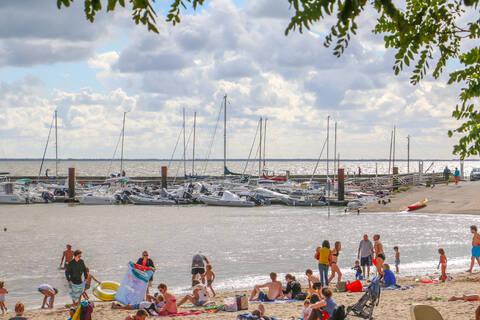 Plage & port sud, Fouras-les-Bains - © OT Rochefort Océan