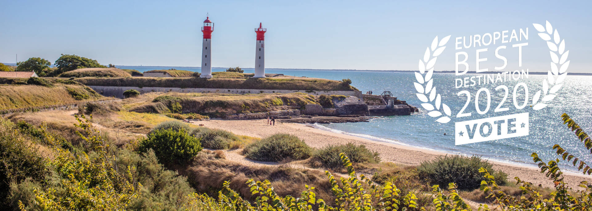 The lighthouses of Aix Island ©Images et Emotion