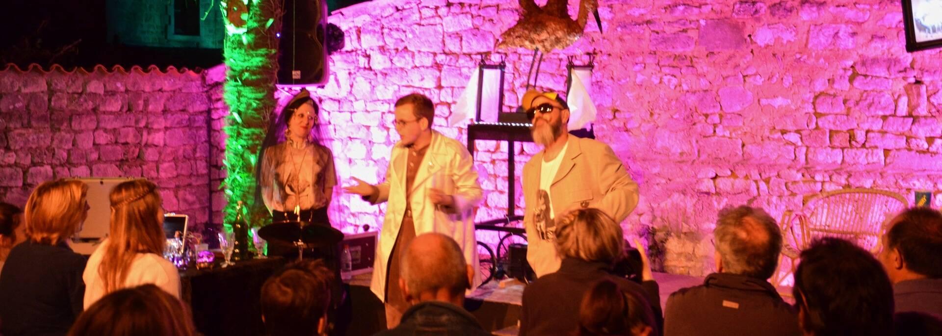 Musical and theatrical show during Cigogne en Fête  - © Samuel Courtois