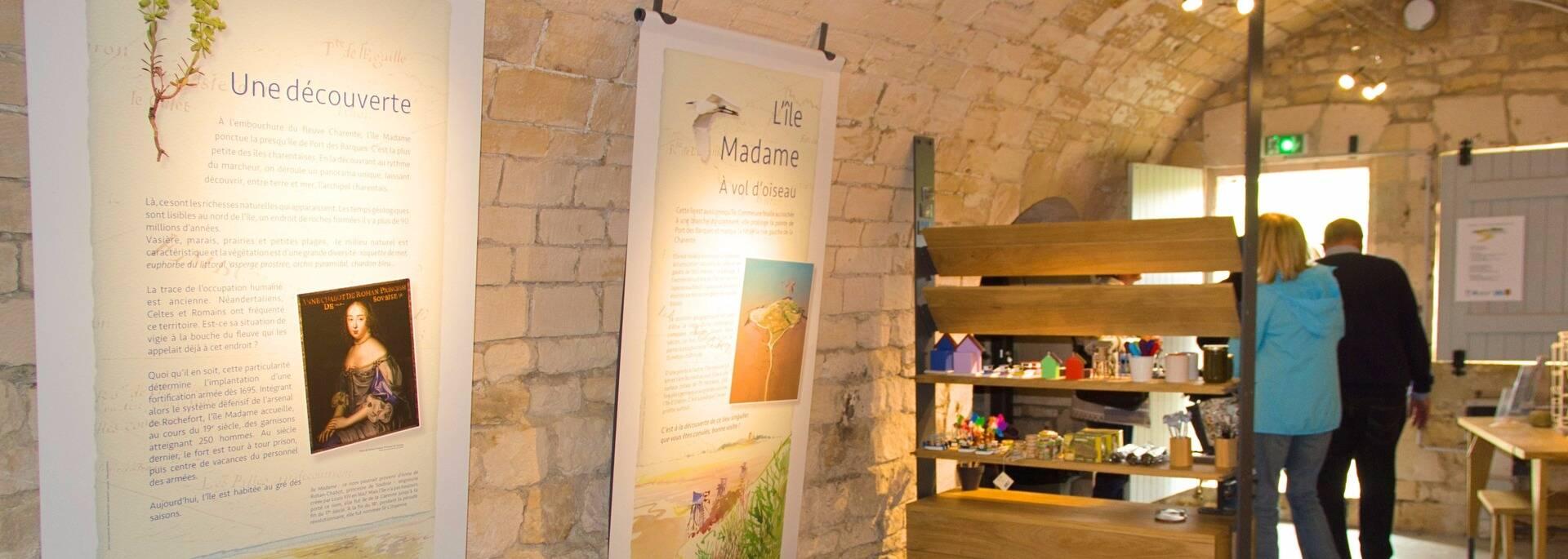 Visitez les casemates qui abritent des expositions dédiées à la faune, la flore et l'histoire de l'île Madame - © Office de tourisme Rochefort Océan