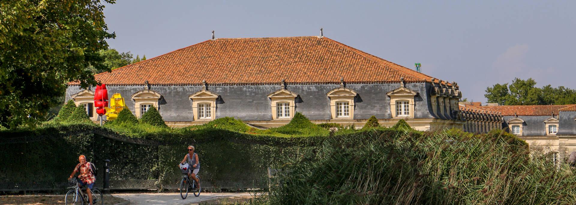 Le site de la Corderie Royale à Rochefort, une invitation à la promenade - © Office de tourisme Rochefort Océan