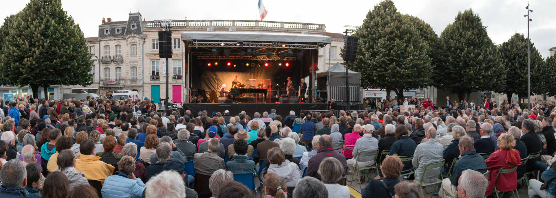Rochefort celebrates the 50 years anniversay  of the Demoiselles of Rochefort with a concert of Michel Legrand, Place Colbert - © David Compain - Ville de Rochefort