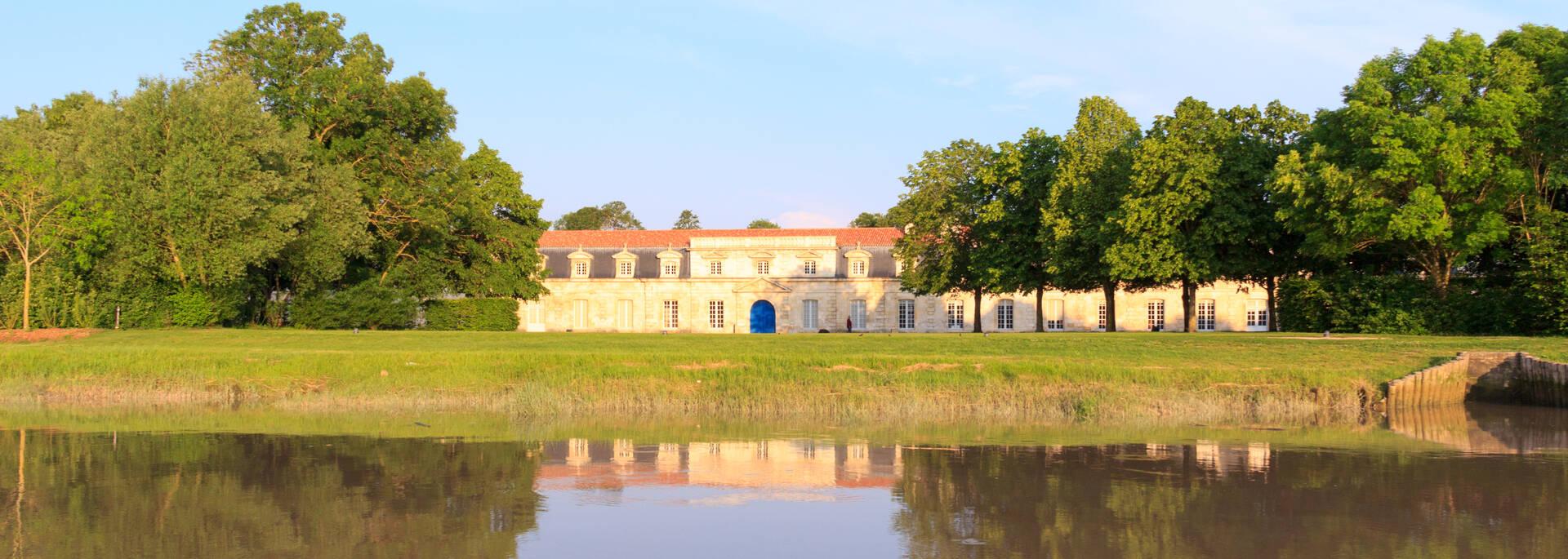 Vue de la Charente sur la Corderie Royale - © Vincent Edwell