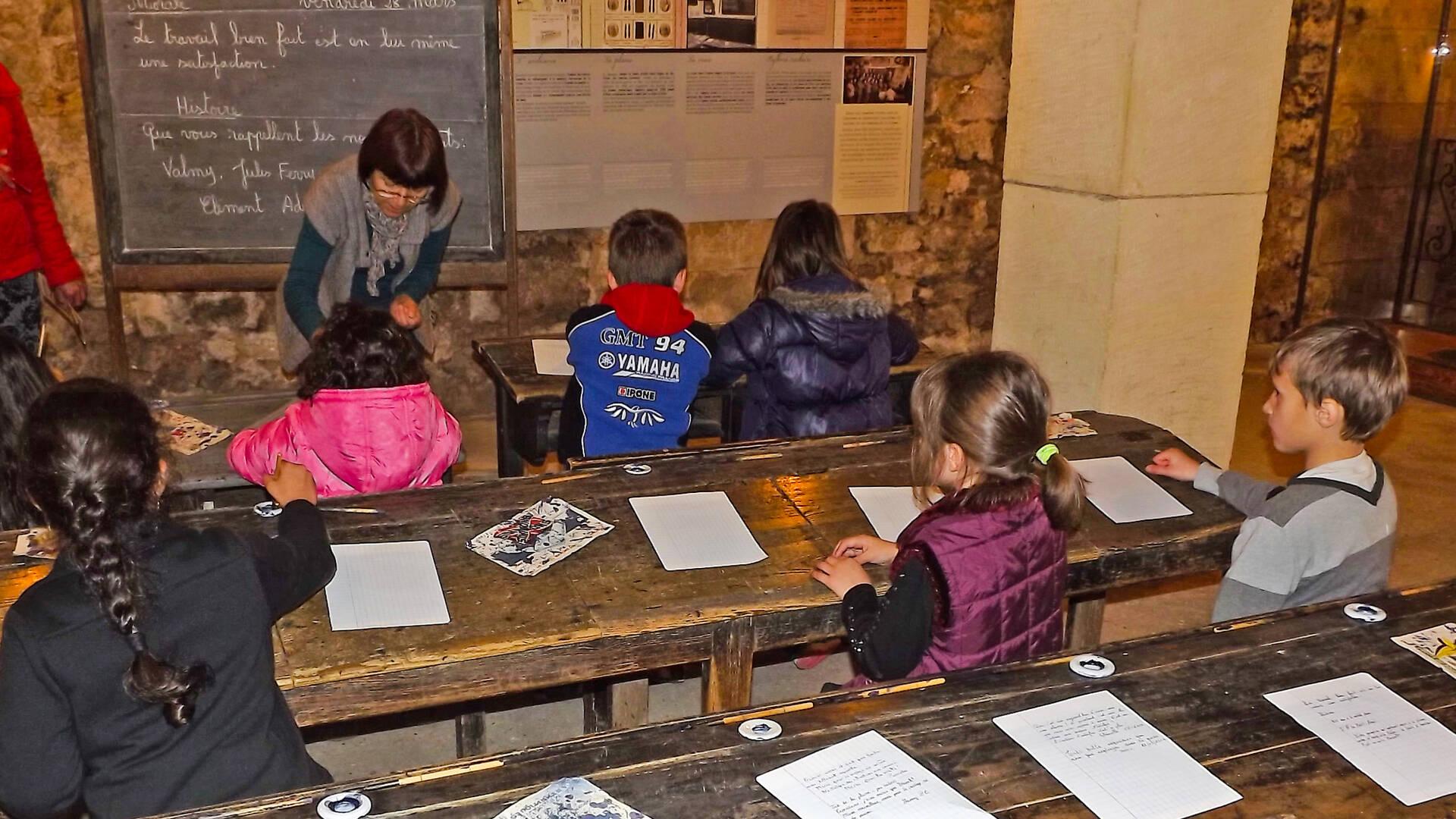 Le mus e des commerces d autrefois rochefort office de tourisme de rochefort oc an - Rochefort office de tourisme ...