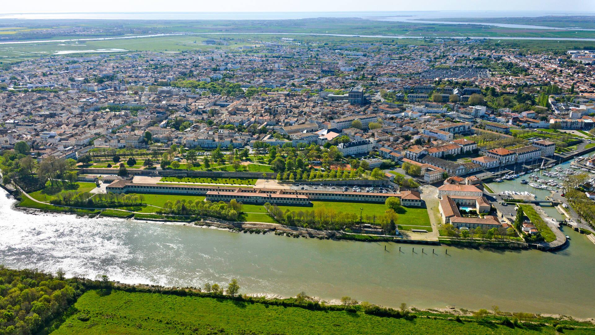 Vue aérienne de Rochefort - © Patrice Blot - DREAL