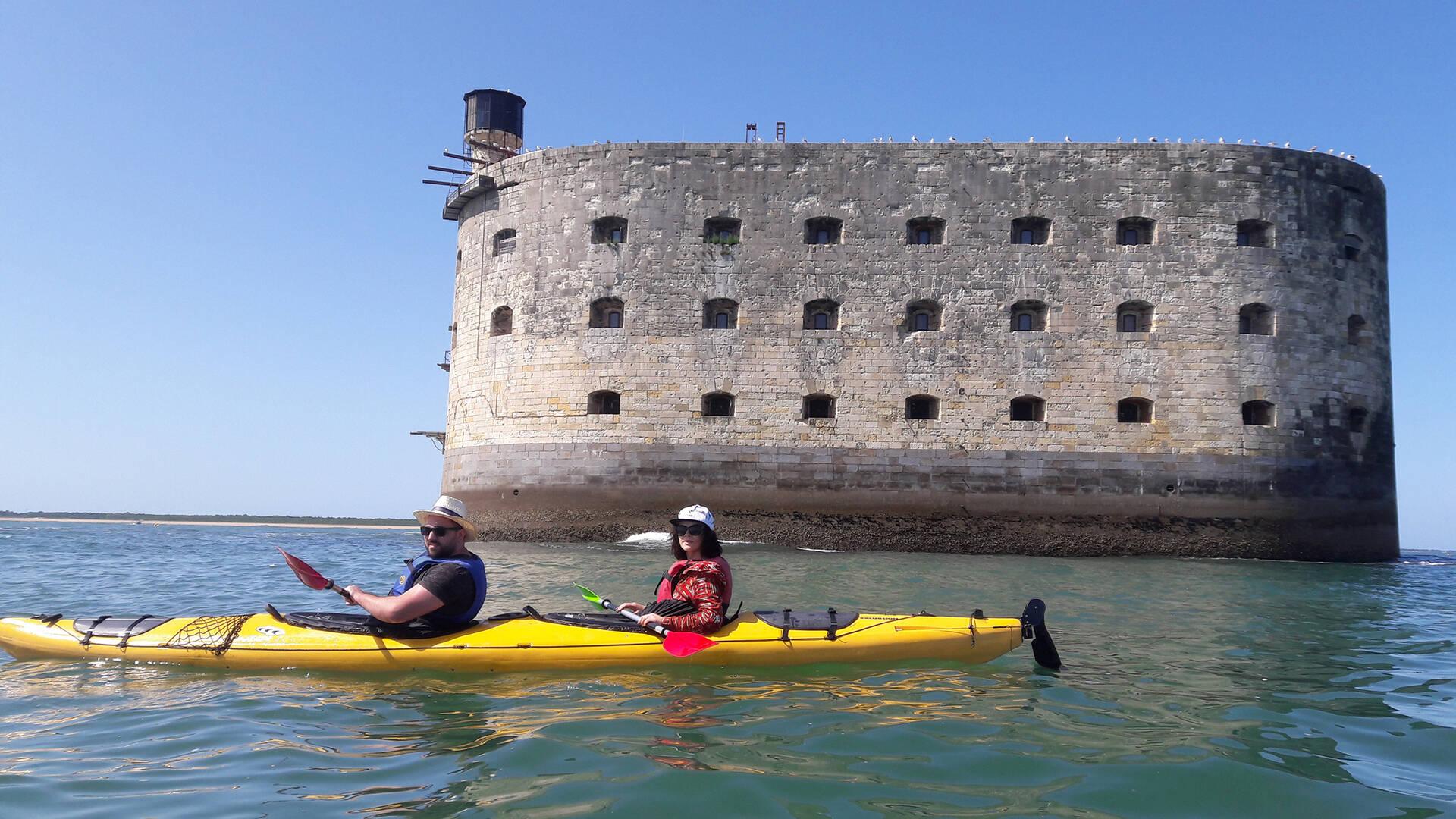 Fort Boyard en kayak au départ de Fouras-les-Bains ©A.Gomer