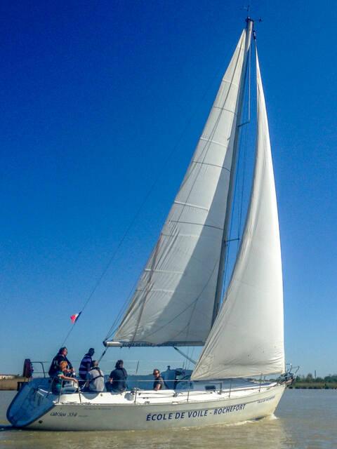 Nautisme, balade en voilier sur la Charente avec le Club Nautique Rochefortais, Rochefort Océan