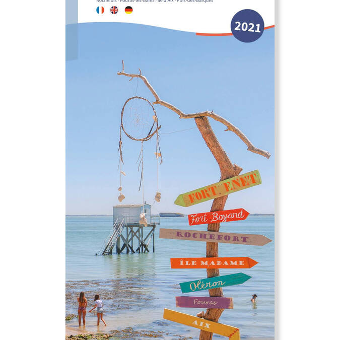 rochefort-ocean-carte-touristique-carte-privilege-2021-couverture