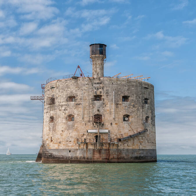 Profil of the Fort Boyard - © Vincent Edwell