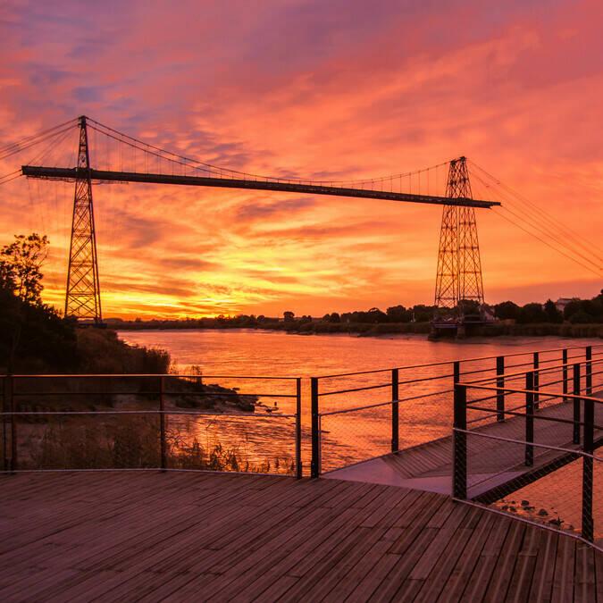 Coucher de soleil sur le Pont Transbordeur - Rochefort Océan