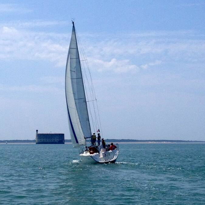 Nautisme, balade en voilier vers le fort Boyard, Rochefort Océan