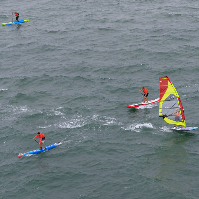 Wind surfing and paddle in Fouras-les-Bains - ©J.Houyvet