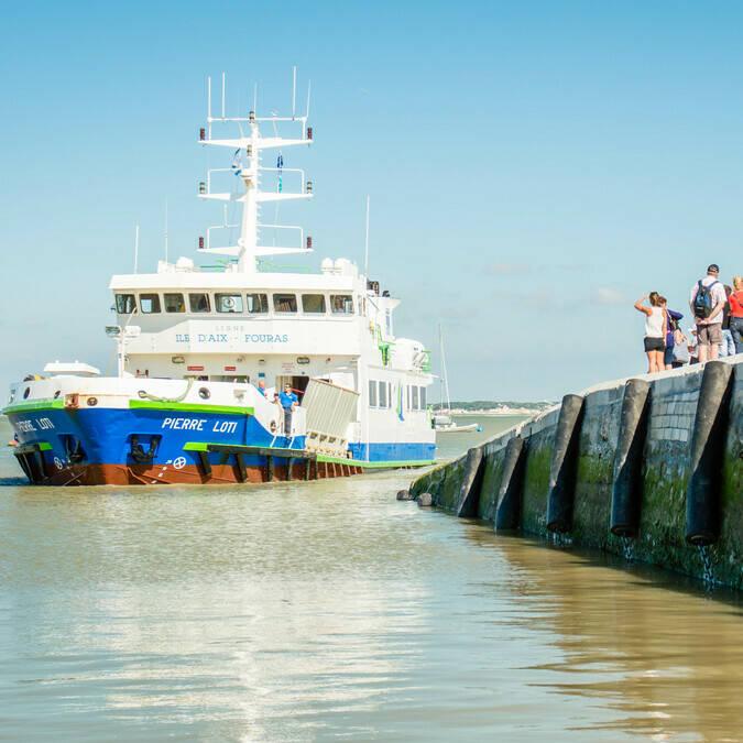 Fin d'une belle journée sur l'île d'Aix, retour par bateau direction Fouras-les-Bains ! - © Laurent Pétillon