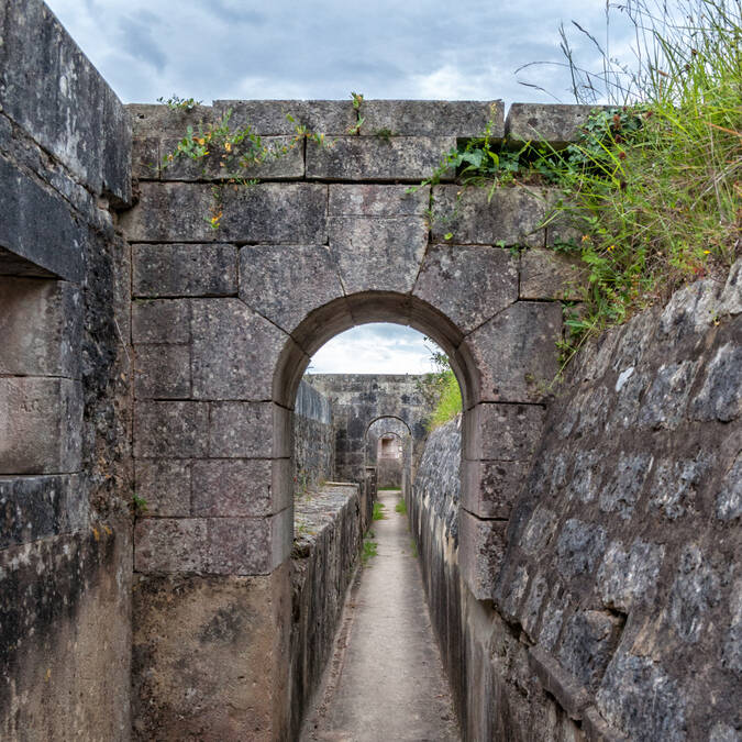 Visit of Fort Liédot in Aix Island- © Vincent Edwell