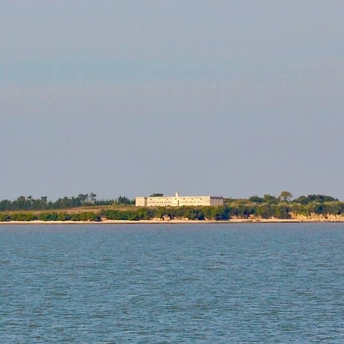 Nautisme, balade en voilier avec le Club Nautique Rochefortais vers l'île Madame, Rochefort Océan