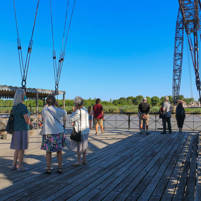 Sur la nacelle du pont Transbordeur