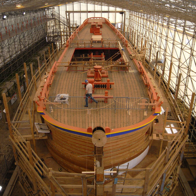 Work site of the frigate Hermione in 2008 - © Association Hermione Lafayette
