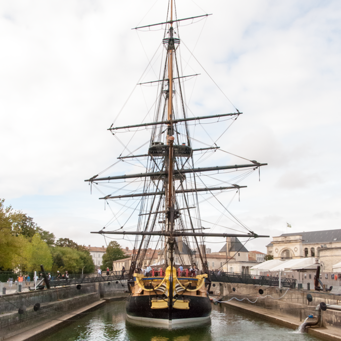 The frigate Hermione in her dedicated dock in Rochefort - © by Steph