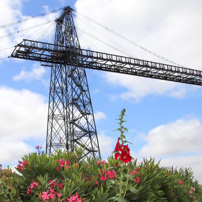 Un des pylones du Pont Transbordeur