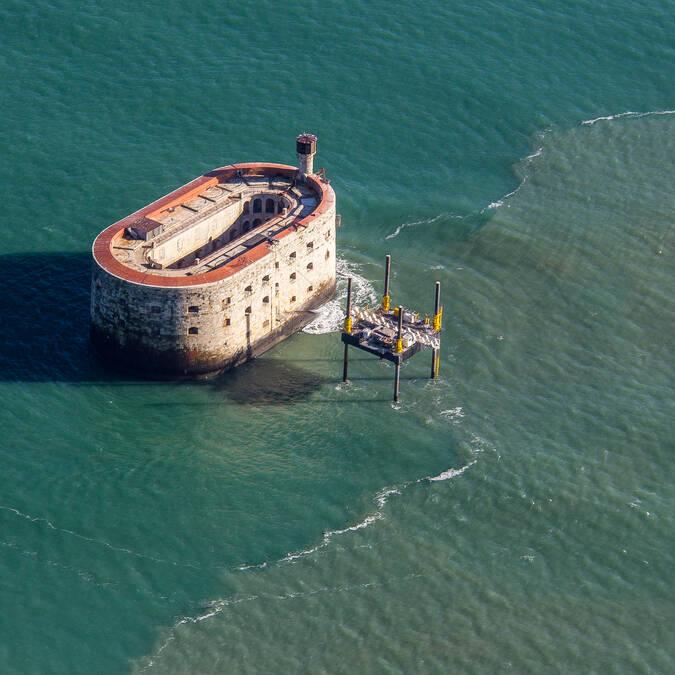 """Fort Boyard, das """"steinerne Schiff"""" in Rochefort Océan"""